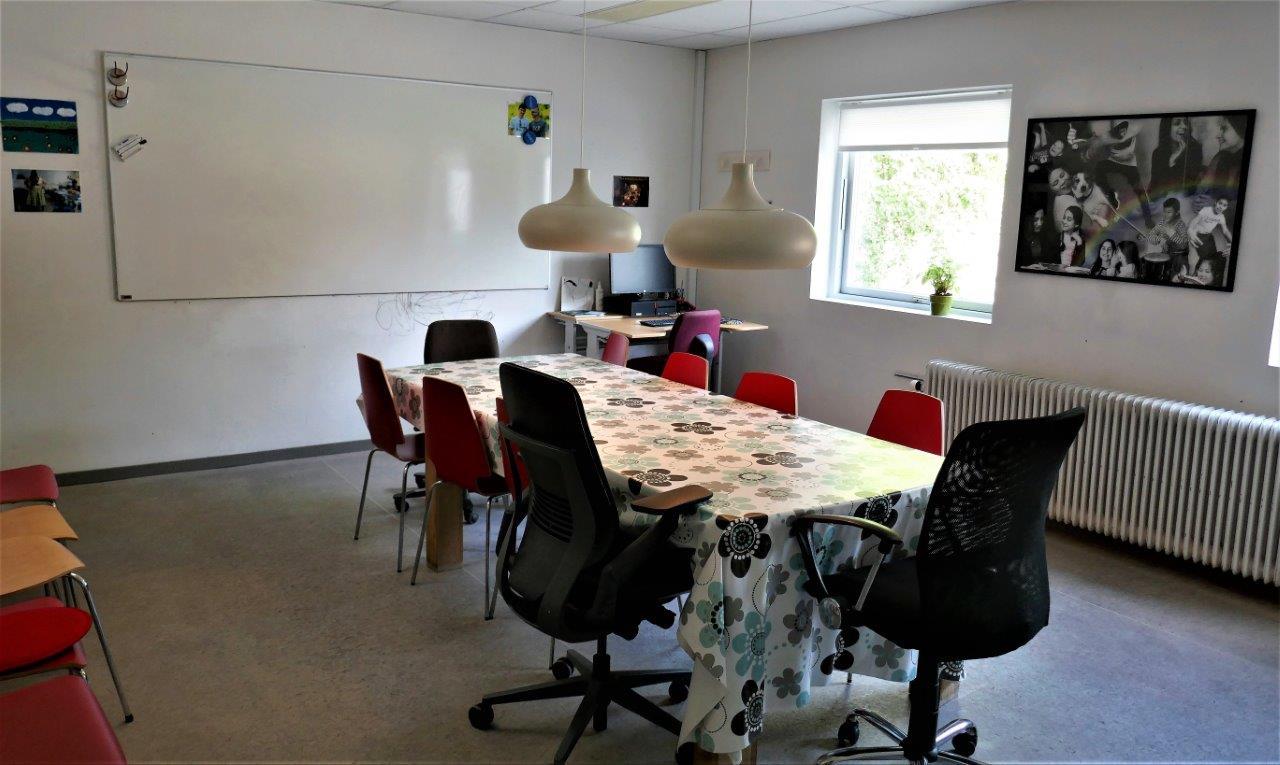 Foto af møderummet i Børnehuset